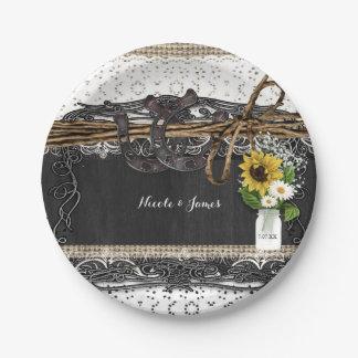 素朴な蹄鉄及び花の国の結婚式のプレート ペーパープレート