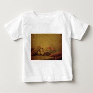素朴な静物画 ベビーTシャツ