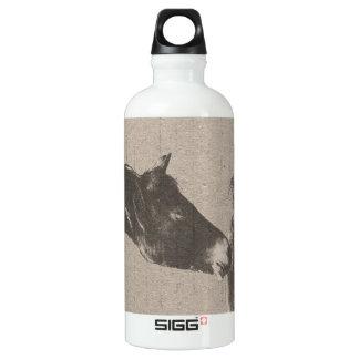 素朴な馬頭部 ウォーターボトル