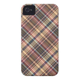 紫系統のクリームの格子縞 Case-Mate iPhone 4 ケース