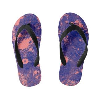 紫色およびオレンジ大理石の質の液体のペンキの芸術 キッズビーチサンダル