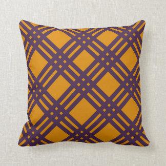 紫色およびオレンジ格子 クッション