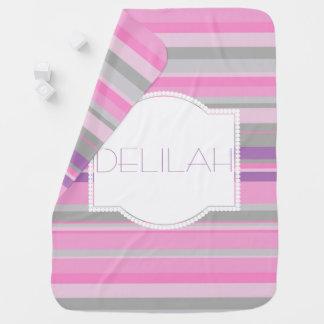 紫色およびピンクのストライプのな女の赤ちゃん毛布 ベビー ブランケット