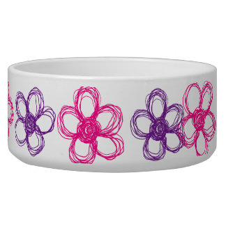 紫色およびピンクの野生花