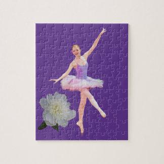 紫色および白いカスタマイズ可能の踊りのバレリーナ ジグソーパズル