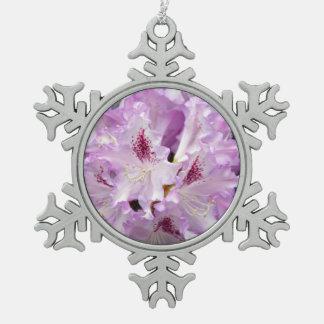 紫色および白いシャクナゲのクリスマスのオーナメント スノーフレークピューターオーナメント