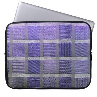 紫色および白い格子縞 ラップトップスリーブ