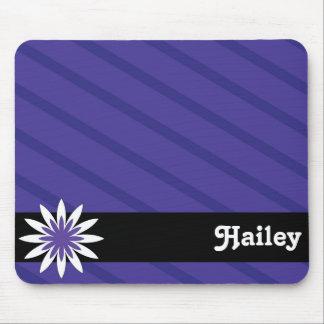紫色および白い花のモノグラムのmousepad マウスパッド