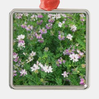 紫色および白い花柄 メタルオーナメント