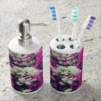 紫色および白い花 バスセット