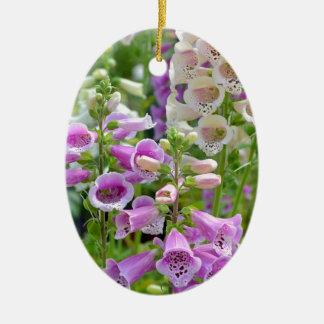 紫色および白いfoxgloveの花 セラミックオーナメント