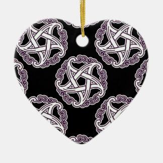 紫色および白のファンシーな星形五角形 陶器製ハート型オーナメント
