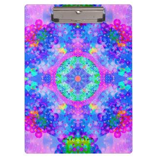 紫色および緑の万華鏡のように千変万化するパターンのフラクタルの芸術 クリップボード