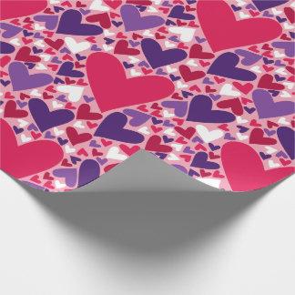 紫色および赤いハートパターン ラッピングペーパー