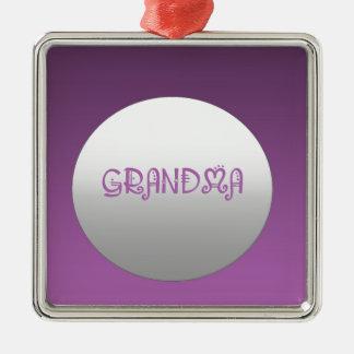 紫色および銀製の祖母 メタルオーナメント