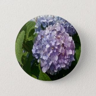 紫色および青のアジサイ 5.7CM 丸型バッジ