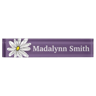 紫色および黄色のお洒落なデイジーのカスタムの文字 デスクネームプレート