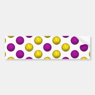 紫色および黄色のバスケットボールパターン バンパーステッカー