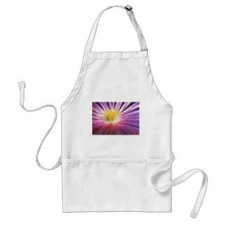 紫色および黄色の花の水彩画 スタンダードエプロン