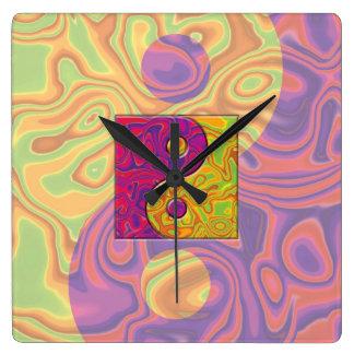 紫色および黄色の陰陽の記号 スクエア壁時計