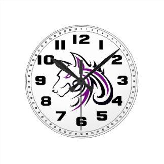 紫色および黒いオオカミの頭部の輪郭 ラウンド壁時計