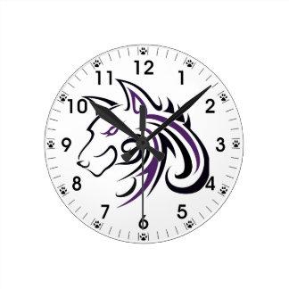 紫色および黒いオオカミの頭部 ラウンド壁時計
