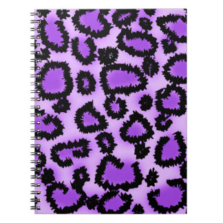 紫色および黒いヒョウのプリントパターン ノートブック