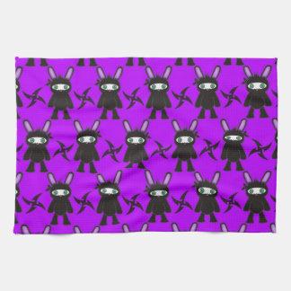 紫色および黒い忍者のバニーパターン キッチンタオル
