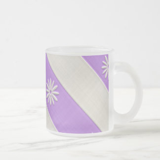 紫色か白いデイジーパターン フロストグラスマグカップ