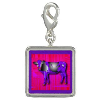 紫色と、赤いピンク、牛デザイン魅了して下さい チャーム