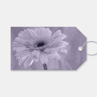 紫色によって染められるデイジーの結婚式の引き出物のラベル ギフトタグ