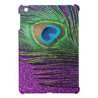 紫色のきらびやかな孔雀の羽の静物画 iPad MINIカバー