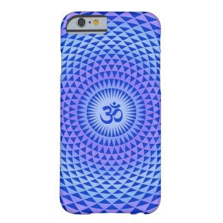 紫色のはすの花の黙想の車輪OM BARELY THERE iPhone 6 ケース