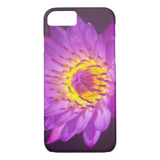 紫色のはすの花 iPhone 8/7ケース