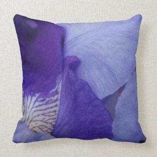 紫色のアイリス花の写真の装飾用クッション クッション