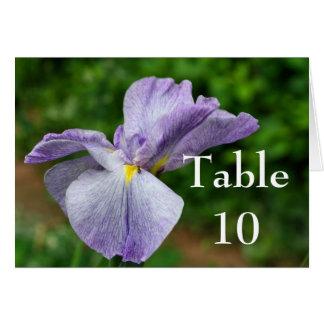 紫色のアイリス花の結婚式のテーブル数カード カード