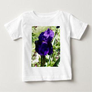 紫色のアイリス ベビーTシャツ