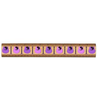 紫色のアコースティックギターパターン 定規
