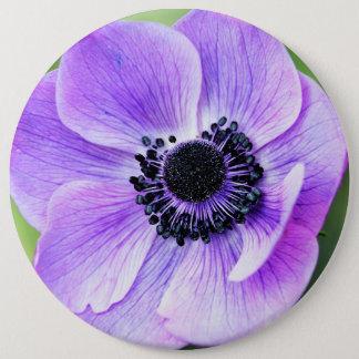 紫色のアネモネの花 15.2CM 丸型バッジ