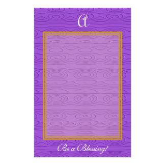 紫色のエンボスの楕円形パターン 便箋