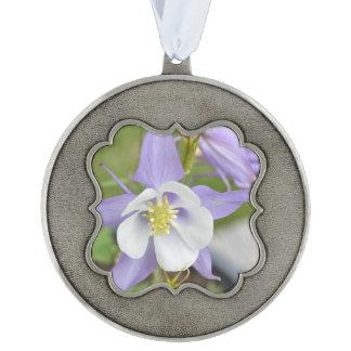 紫色のオダマキ(植物) オーナメント