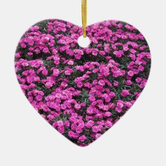 紫色のカーネーションの花の自然バックグラウンド セラミックオーナメント
