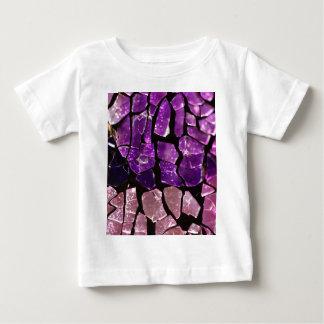 紫色のガラス片 ベビーTシャツ