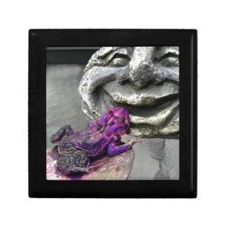 紫色のキスをするなヒキガエル ギフトボックス