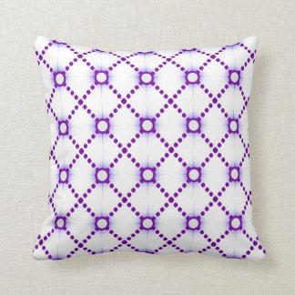 紫色のダイヤモンドの円 クッション