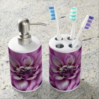 紫色のダリアの花 バスセット