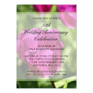 紫色のチューリップ第50の結婚記念日 12.7 X 17.8 インビテーションカード
