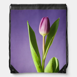 紫色のチューリップ ナップサック