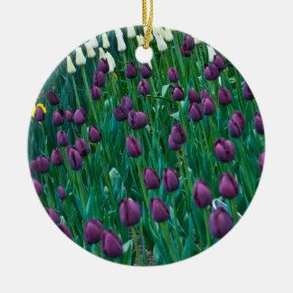 紫色のチューリップ 陶器製丸型オーナメント