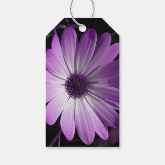 紫色のデイジーの花のカスタムなギフトのラベル ギフトタグ
